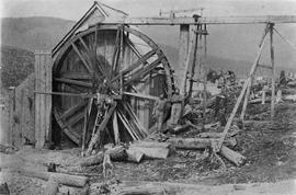 The Davis Compy's [Company's] Mining Wheel for hoisting dirt from shaft.  Williams Creek.