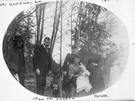 Mr. and Mrs. Geigrich [Giegerich], their family and dog, Ainsworth.