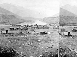 Stereo view of Lytton.