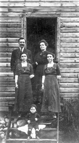 Mr. and Mrs. Charles Gregory, the twins Ethel and Rose, and [John] Wesley; Glenbank