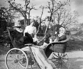 Henry Crease, Sarah Crease and daughter Susan, in garden at Pentrelew, 1201 Fort Street.