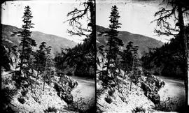 Cariboo Road and Fraser River, stereo view.