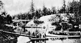 The ferry Kootenay used to ferry passengers to Gorge Park, Victoria