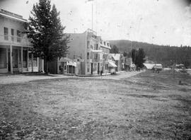 Quesnel. Front Street