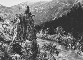 """Fraser Canon, above Spuzzum, on the Canadian Pacific Railway."""