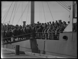 Chinese Labour Corps; boarding ship.