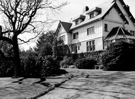 Pooley Estate In Esquimalt
