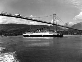 Cp Princess Boat Under Lions Gate Bridge, Vancouver