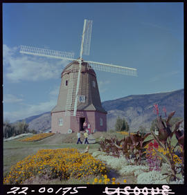 Dutch Windmill, Osoyoos